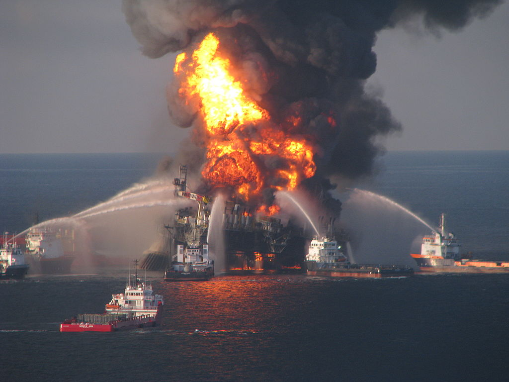 Deepwater Horizons Oil Rig on Fire
